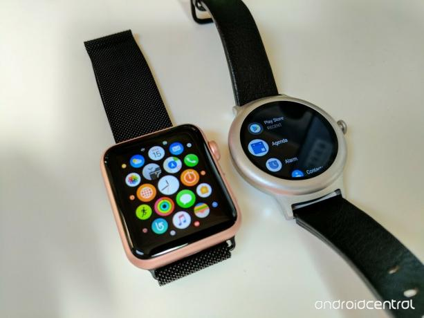 LG Watch Style против Apple Watch